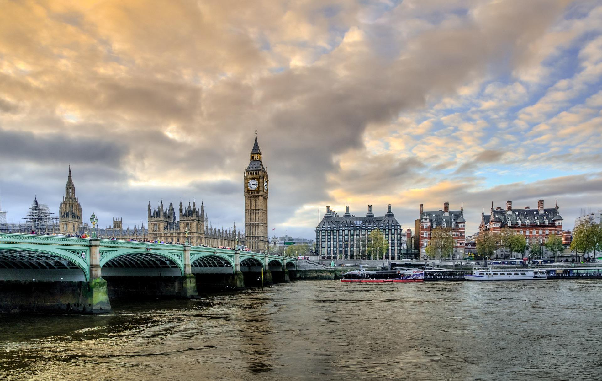 Велика Британія запускає Big Data проєкт задля покращення державних послуг