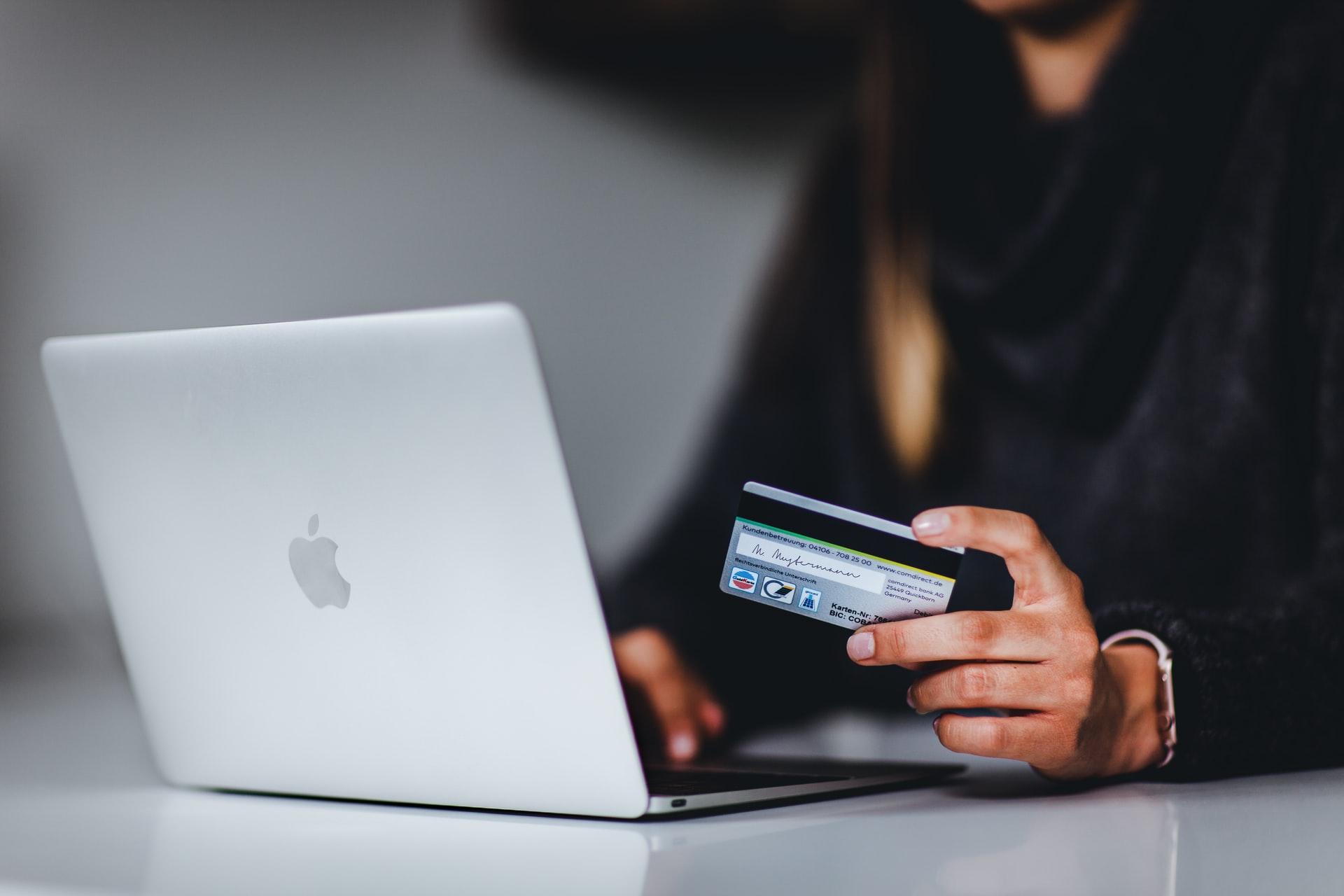 Аналітика великих даних змінює досвід онлайн-покупців